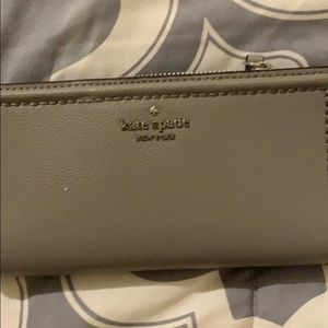 Kate Spade wallet - snaps on sides so cute NEW
